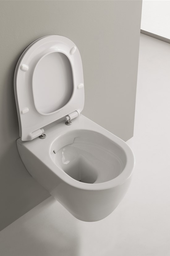 Wall mounted wc moon clean flush - Model deco wc ...