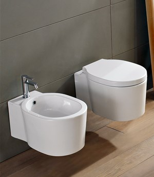 Wall-mounted bidet Bucket